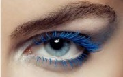 blue-eyelashes